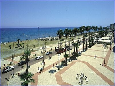 Larnaca - pobřeží